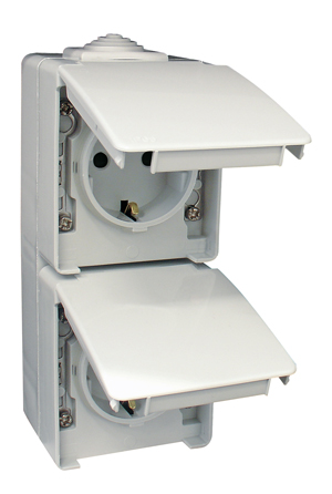 Two Earth Sockets (Schuko Type) in a Double Vertical Base